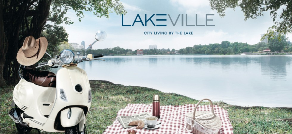 Lake Ville, picnic by the lake