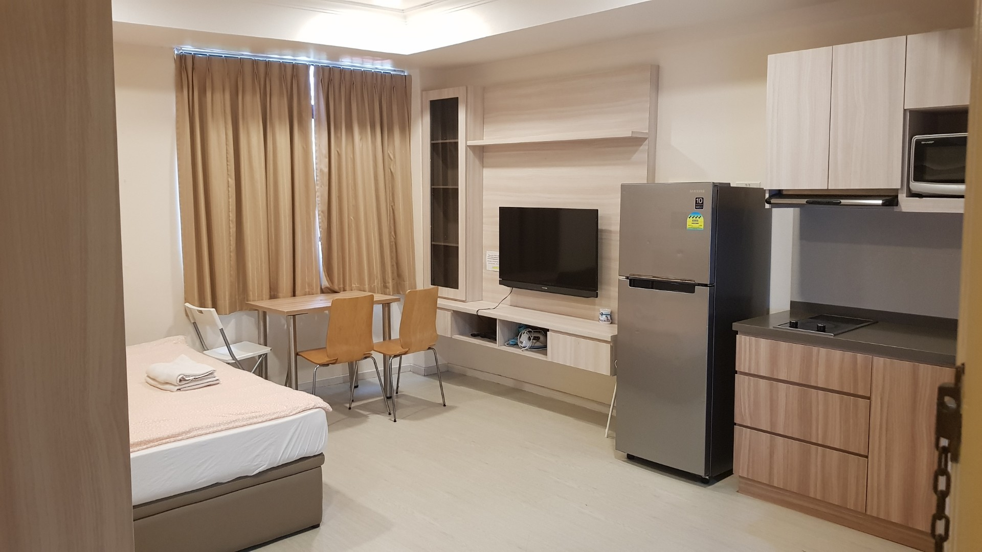 Studio Apartment & Student Hostel at Balestier near Novena for Short Term Rent