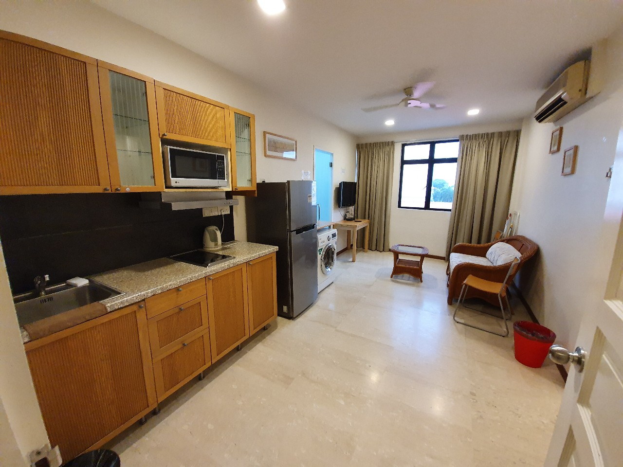 Crescent building, 1 bed serviced apartment, hostel, short term rental, balestier road