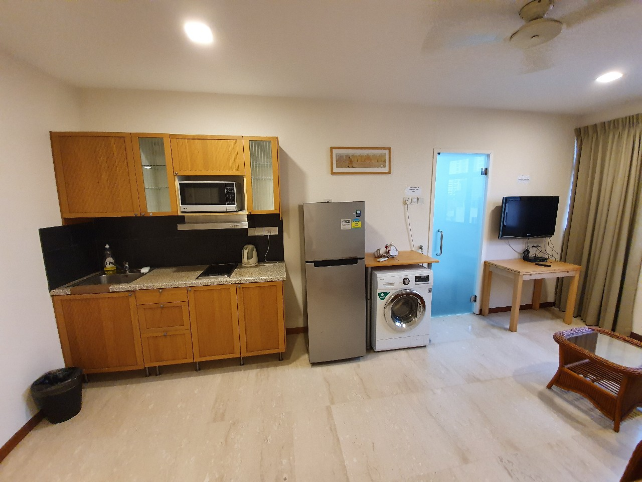Crescent building, Studio apartment, hostel, short term rental, balestier road