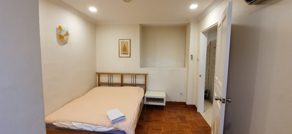 Crescent building, serviced apartment, studio, hostel, short term rental, balestier road